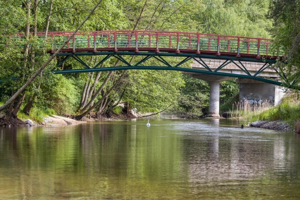 Kładka nad rzeką Brdą
