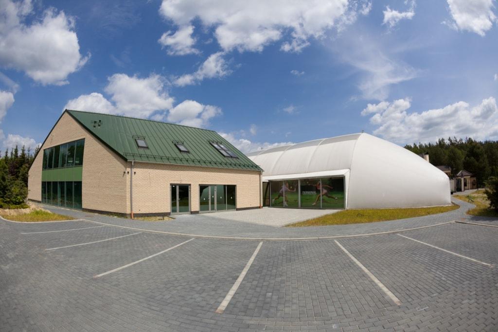 Terminal w Charzykowach - budynek obsługi ruchu turystycznego